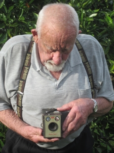 Neil Davis with his Brownie Box Camera from the fifties      Photo: Merle Davis