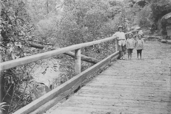 Ned, Alan & Gordon on the Berowra to Waratah Bay track  C 1915       With thanks to Kevin Windybank