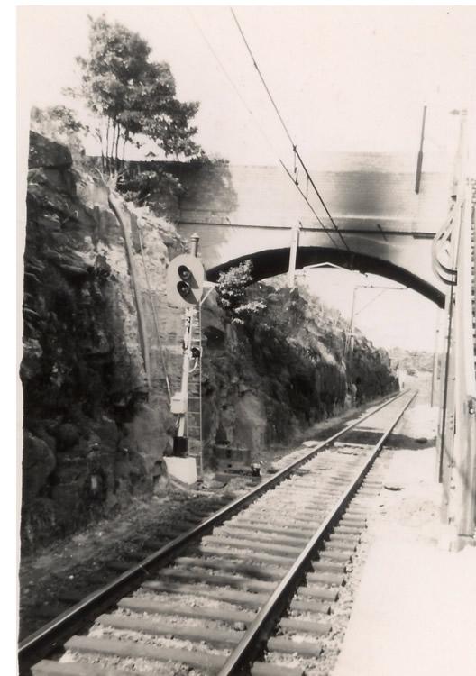 Single Light Signal,1958